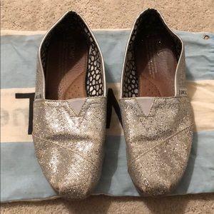 Toms Shoes - TOMS slide ons